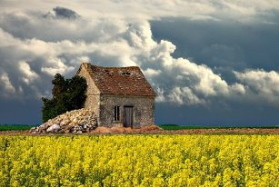 photo: France Countryside (travellerspoint.com)