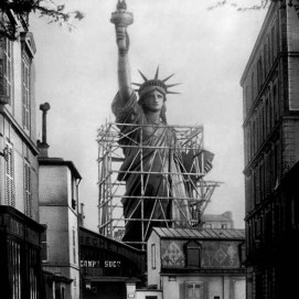 photo: Statue of Liberty (messynessychic.com)