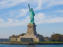 photo: Statue of Liberty, NY (commons.wikimedia.org)