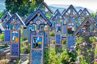 photo: The Merry Cemetery (thecultureist.com)